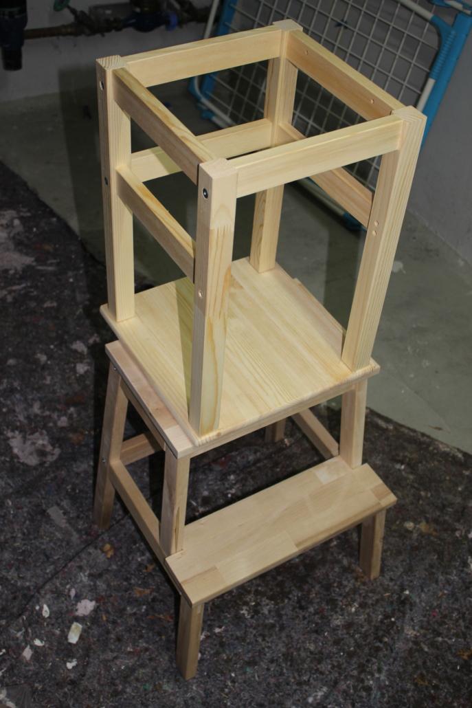 Die fertige DIY Lernturm-Konstruktion